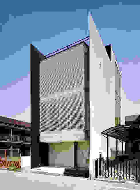 ファサード2 オリジナルな 家 の 岩井文彦建築研究所 オリジナル