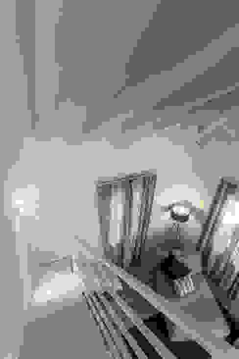 Quattro piani Primi Novecento Studio in stile classico di Lucia Bentivogli Architetto Classico
