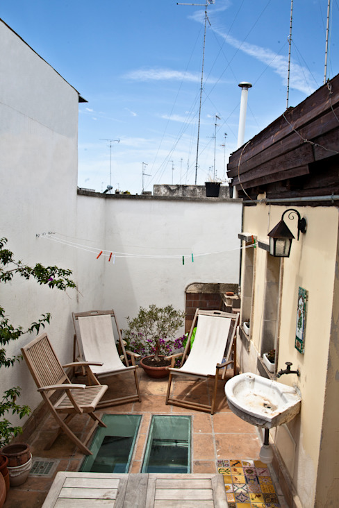 Eklektik Balkon, Veranda & Teras Tiid Studio Eklektik
