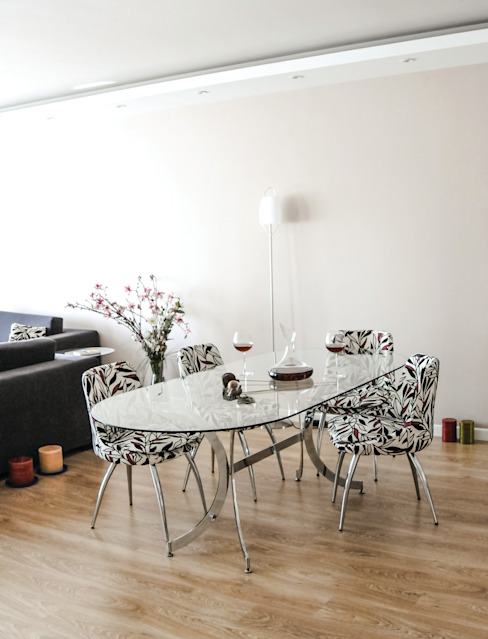 Dining room by 5A Design, Modern