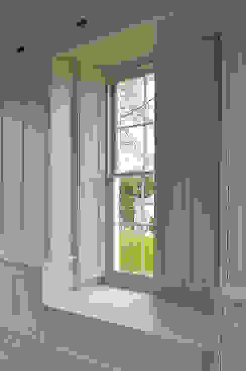 Property Renovation Klassische Fenster & Türen von Hartley Quinn WIlson Limited Klassisch