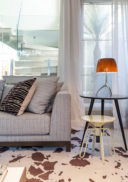 Vaiano e Rossetto Arquitetura e Interiores Living roomLighting