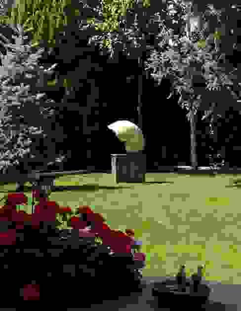 Jardins modernos por NAUTILUS Moderno