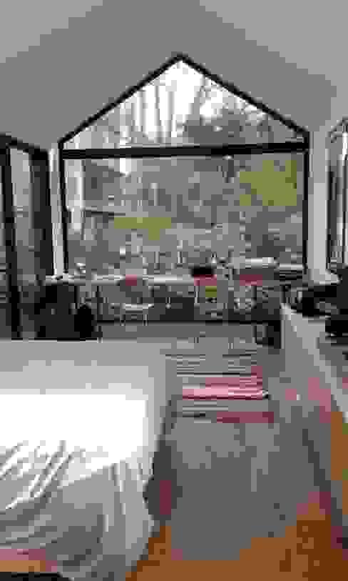 CASA FOTOMÁTICA Dormitorios modernos: Ideas, imágenes y decoración de ESTUDIO MYGA Moderno
