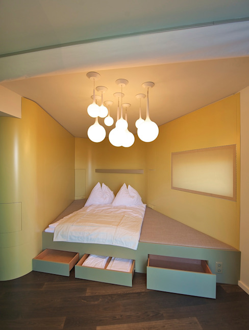 Camera da letto eclettica di 3rdskin architecture gmbh Eclettico
