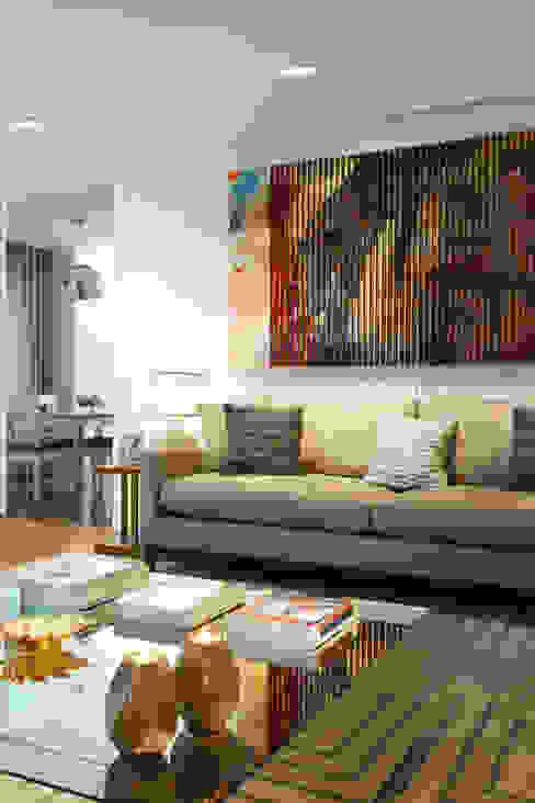 Family Room: Salas de estar  por Ana Rita Soares- Design de Interiores,Moderno