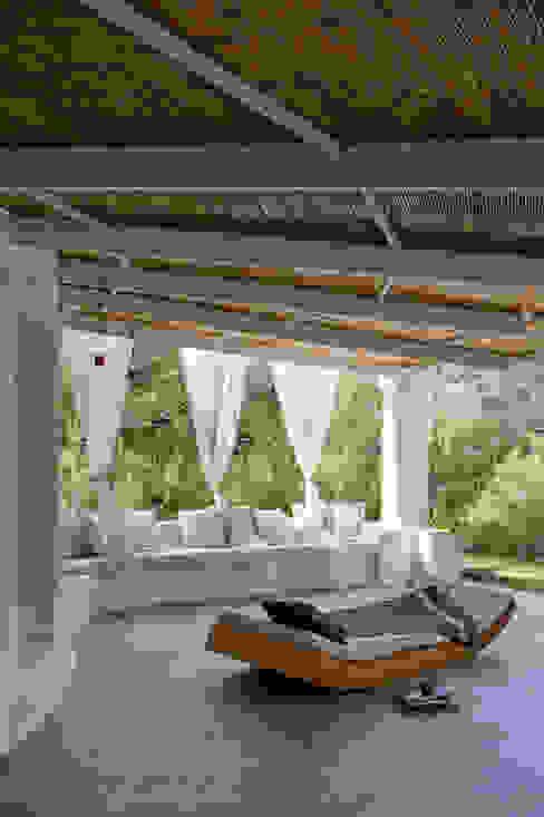 Mediterranean style balcony, porch & terrace by Deu i Deu Mediterranean