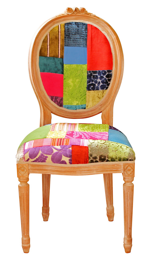 'Ready to Go' patchwork chairs available for sale at http://www.kellyswallow.com/products/ por Kelly Swallow Eclético