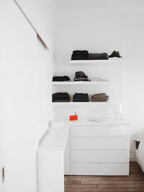 Kleedkamer door Thibaudeau Architecte,