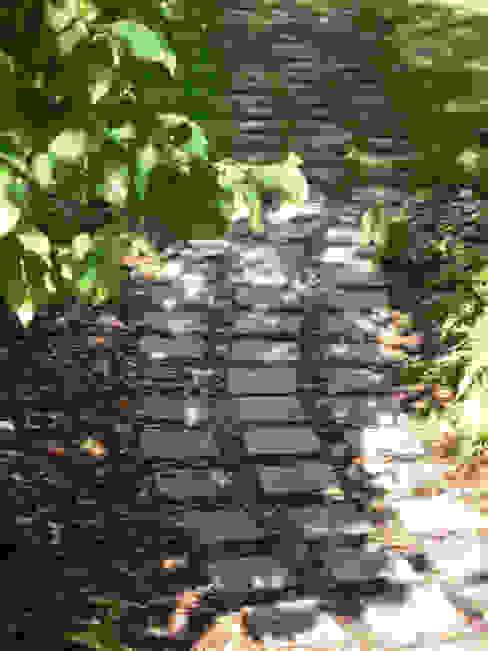 Path Modern Garden by Fenton Roberts Garden Design Modern