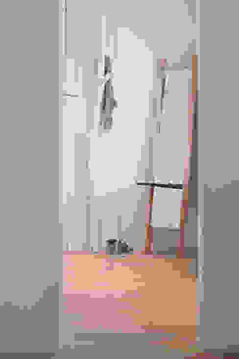 TRACK:  Badkamer door Deknudt Mirrors