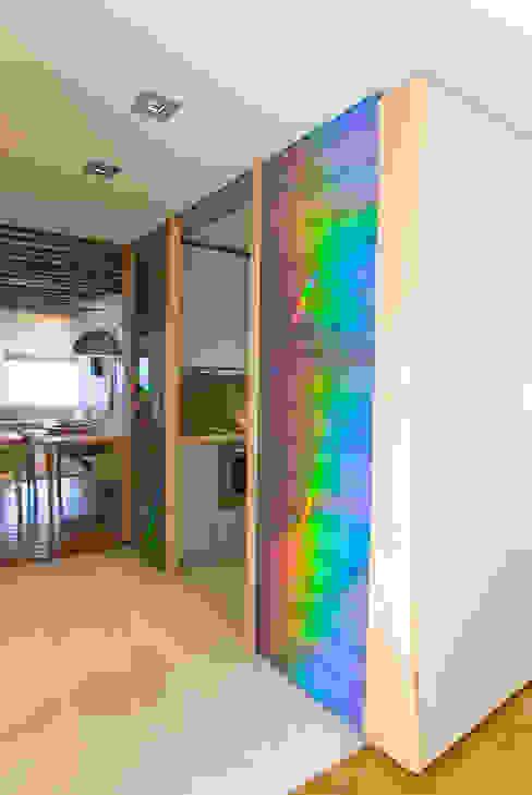 Circulation Couloir, entrée, escaliers modernes par Atelier TO-AU Moderne