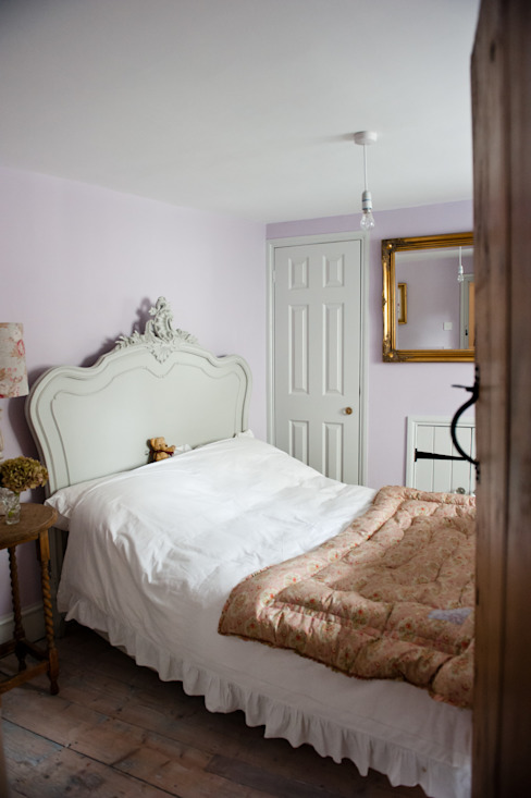 Welcoming Family Home Country style bedroom by Simone Barker Interiors Country
