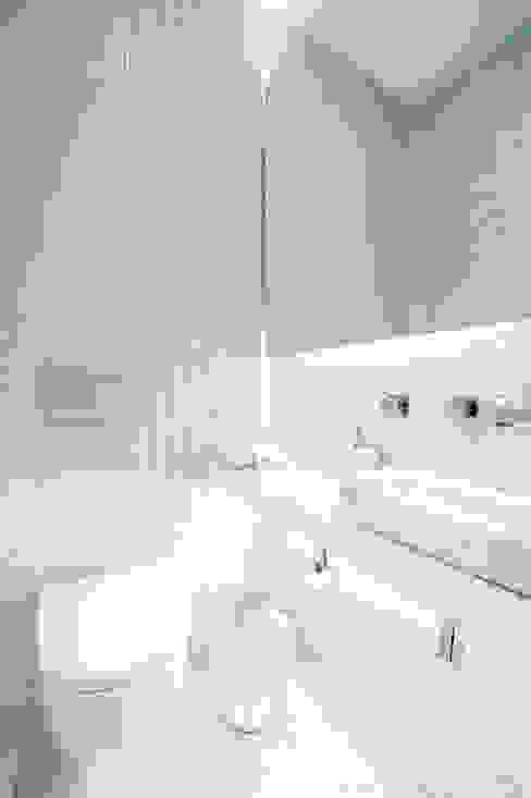 Projekty,  Łazienka zaprojektowane przez Egue y Seta, Śródziemnomorski