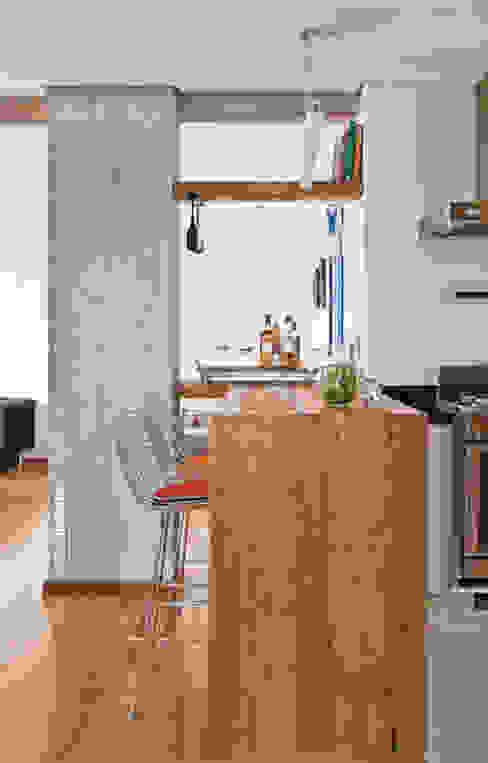 Cuisine moderne par Rachel Nakata Arquitetura Moderne
