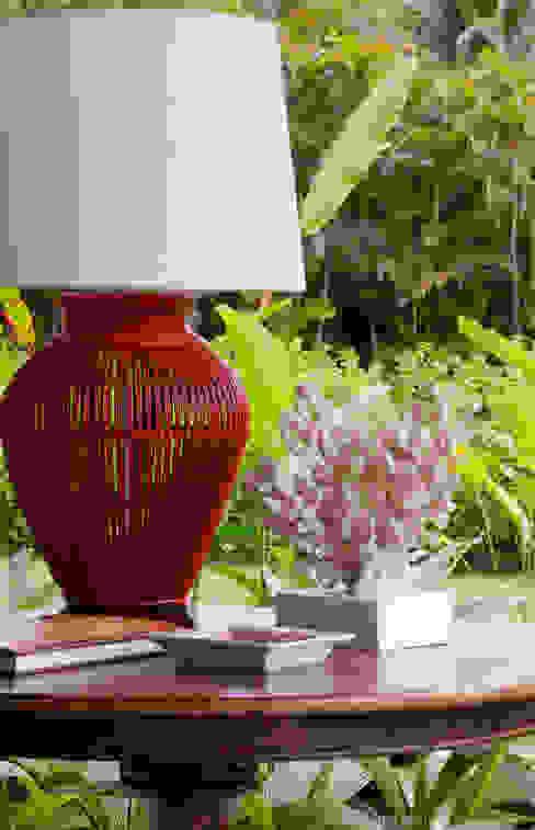 Abajur Marilia Veiga Interiores Salas de estar tropicais