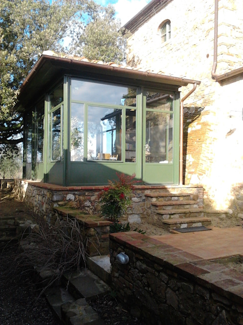 Balcone, Veranda & Terrazza in stile rurale di homify Rurale