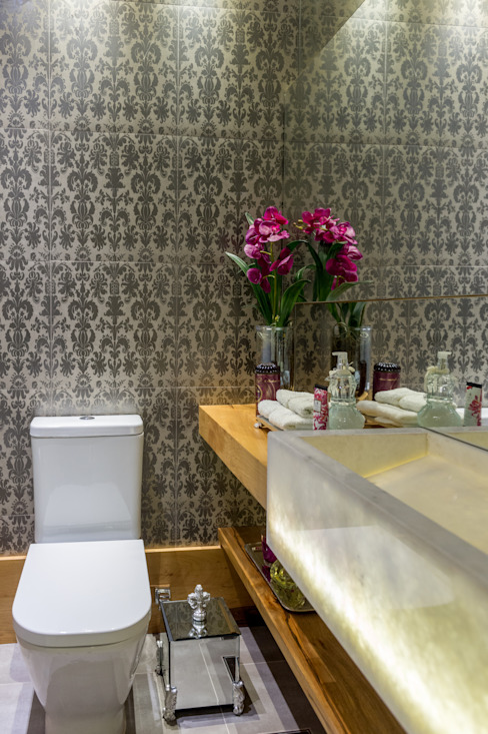 Projeto 17 - Residência clean Banheiros modernos por GREISSE PANAZZOLO ARQUITETURA Moderno