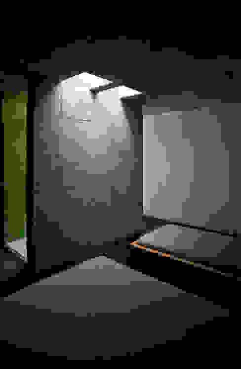 Dormitorios de estilo minimalista de Phyd Arquitectura Minimalista