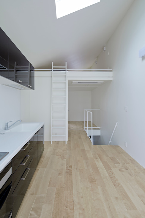 Park House Comedores de estilo ecléctico de another APARTMENT LTD. / アナザーアパートメント Ecléctico