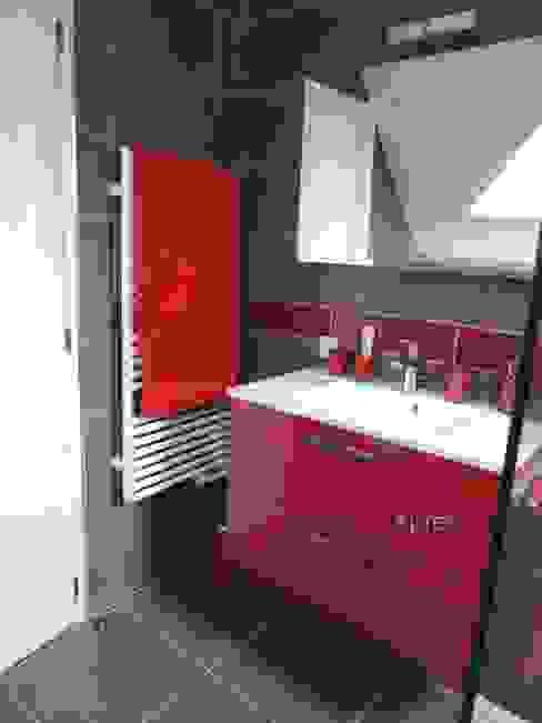 L'espace lavabo après par L'Autrement Déco Moderne