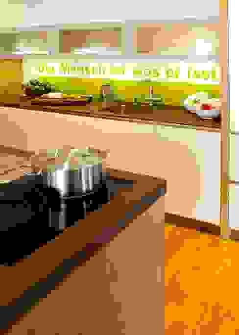 Modern kitchen by Settele Küche & Wohnen Modern