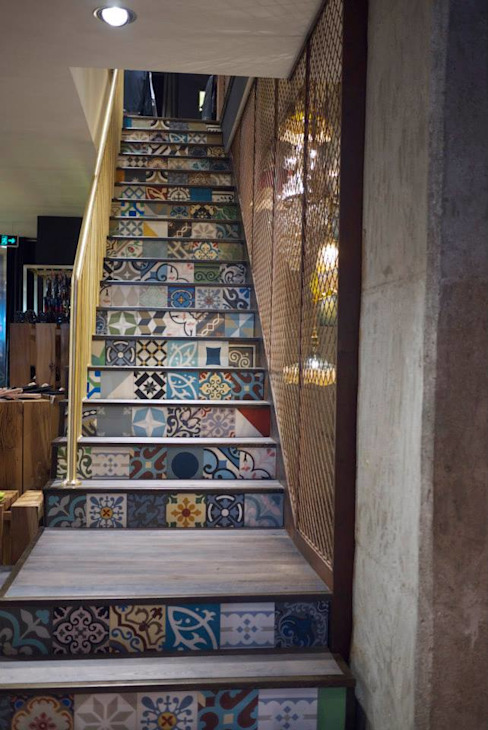 Feature Staircase - Ted Baker Eclectic style offices & stores by Work House Collection Eclectic
