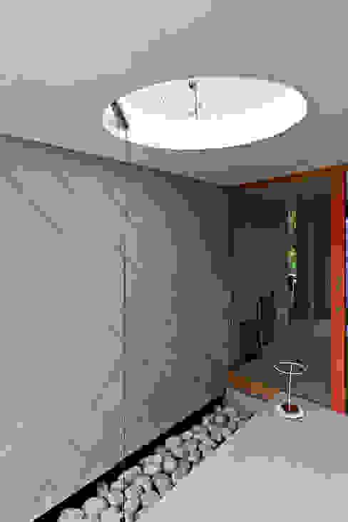 Thoma Holz GmbH의  주택, 모던