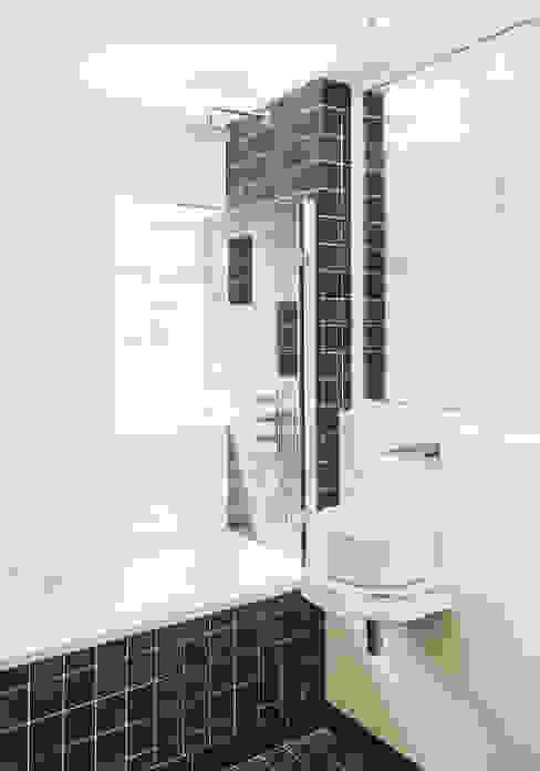 Family Bathroom Scandinavian style bathroom by Klas Hyllen Architects Scandinavian