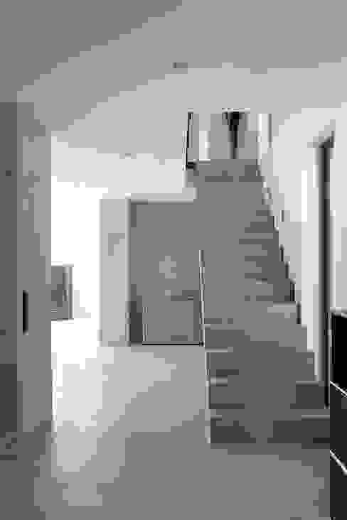 Architekturbüro Arndt Koridor & Tangga Modern