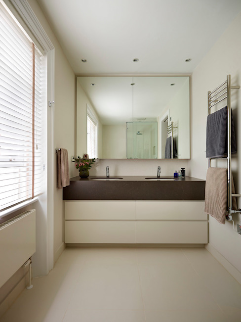 Reflected Glory - Holland Park Renovation Modern bathroom by Tyler Mandic Ltd Modern