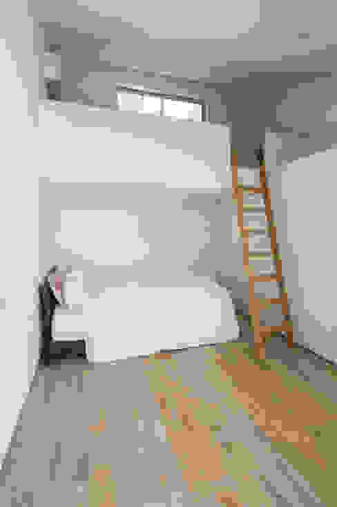 Modern style bedroom by H建築スタジオ Modern