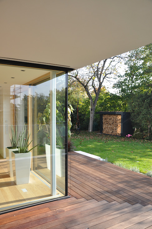 Jardines modernos: Ideas, imágenes y decoración de Neugebauer Architekten BDA Moderno