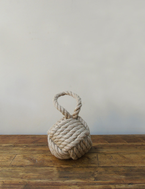 Natural Rope Knot Door Stop by homify Рустiк