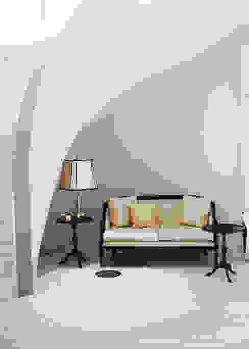 Couloir, entrée, escaliers modernes par Neugebauer Architekten BDA Moderne