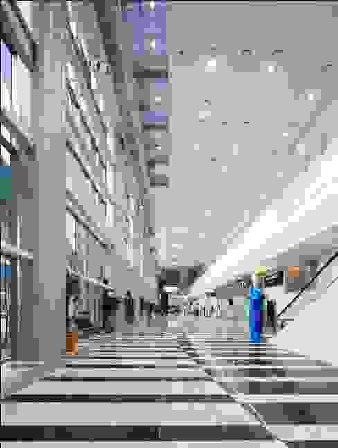 Palacios de congresos de estilo  de (주)일신설계종합건축사사무소, Moderno