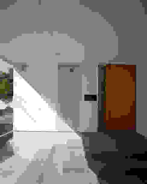 スキップテラスの家 オリジナルな 家 の 西島正樹/プライム一級建築士事務所 オリジナル