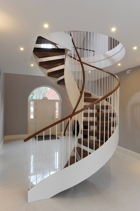 Double String Stairs Modern Corridor, Hallway and Staircase by homify Modern