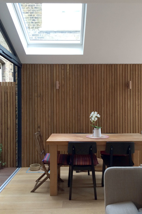 Dining room by Proctor & Co. Architecture Ltd,