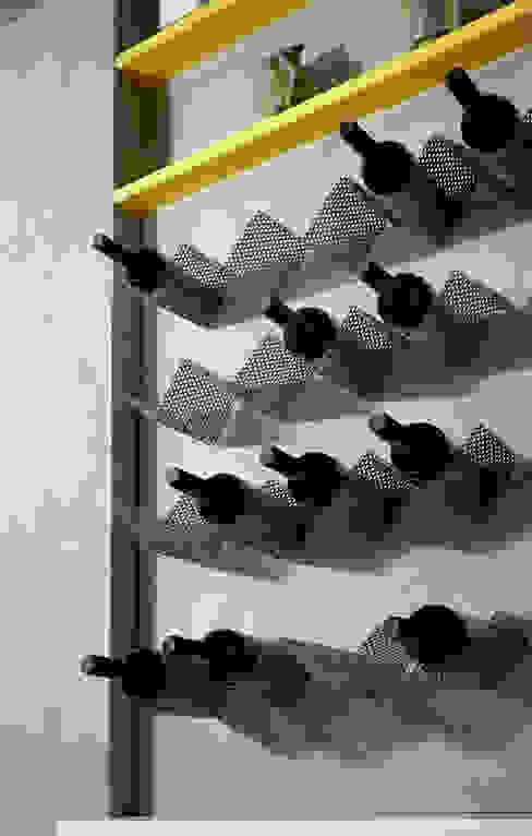 Bodegas de estilo moderno de marco olivo Moderno