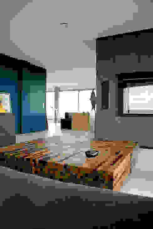 Penthouse Minimalistische woonkamers van CioMé Minimalistisch