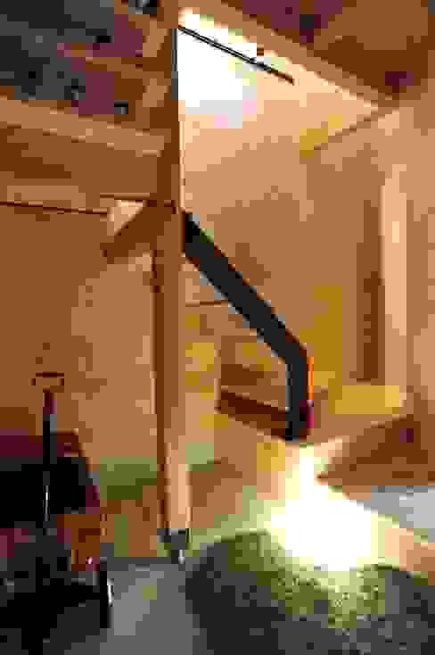 玄関 オリジナルスタイルの 玄関&廊下&階段 の モノスタ'70 オリジナル