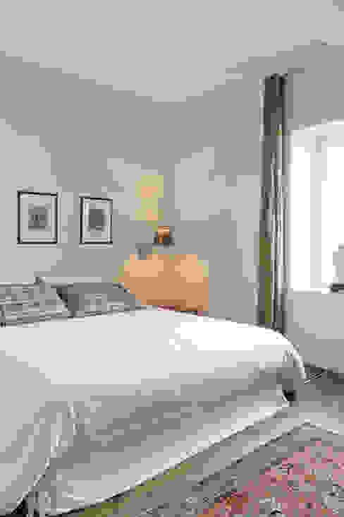Maison à Francheville Chambre moderne par Tymeno Moderne