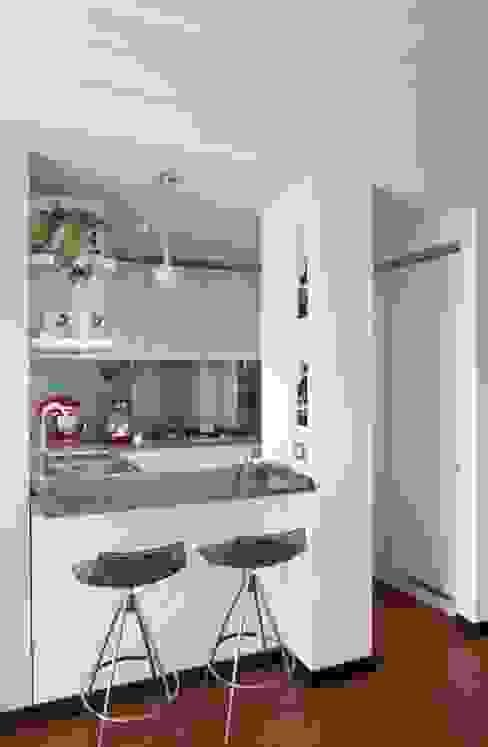 gk architetti (Carlo Andrea Gorelli+Keiko Kondo) Modern style kitchen