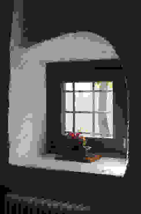 モダンな 窓&ドア の supercake モダン