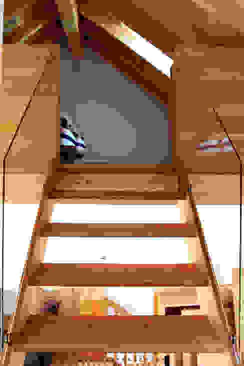 Historisches Torhaus im Odenwald Moderne Wohnzimmer von Karl Kaffenberger Architektur | Einrichtung Modern