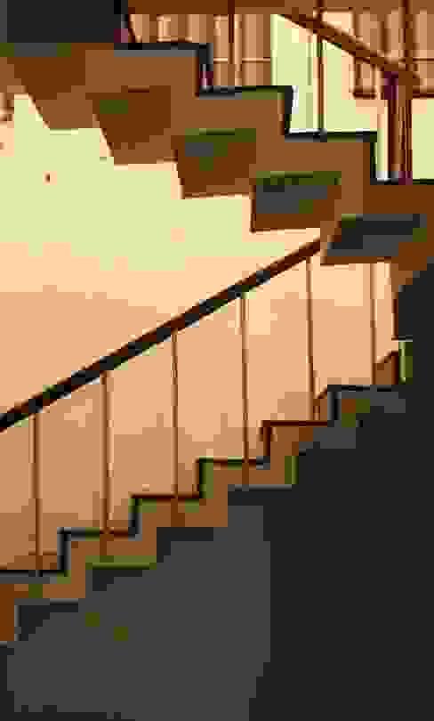staircase Modern corridor, hallway & stairs by mold design studio Modern