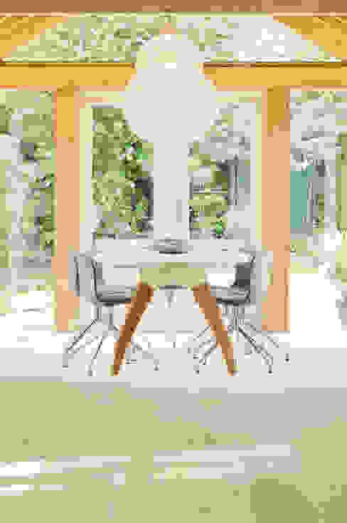 Modern conservatory by Jolanda Knook interieurvormgeving Modern