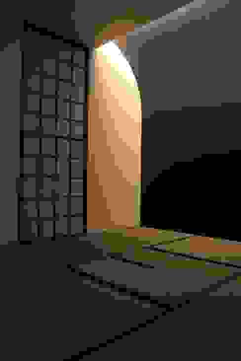 大きな土間空間のある家(横須賀の家) オリジナルスタイルの 寝室 の 大島功市建築研究所 一級建築士事務所 オリジナル