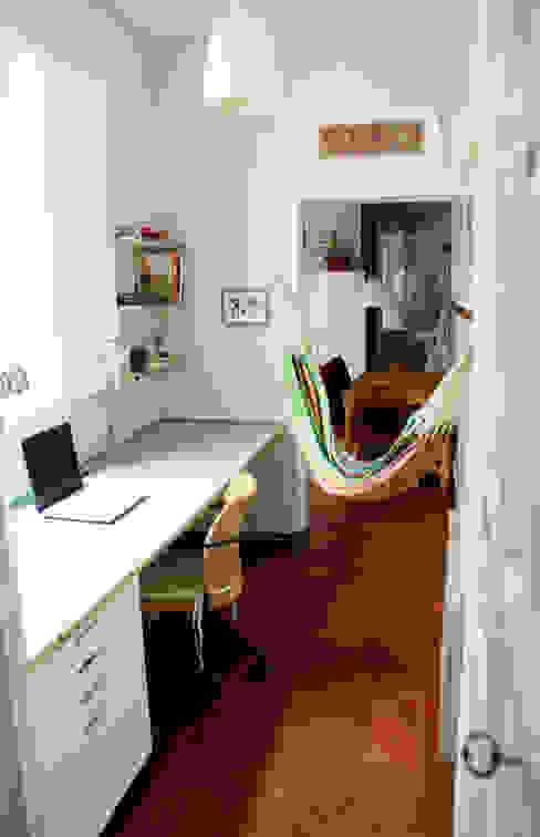 Colonial style study/office by CARLA GARCÍA Colonial